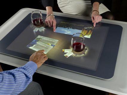 Microsoft surface in uscita questo mese sugli store di at t - Tavolo touch screen ...